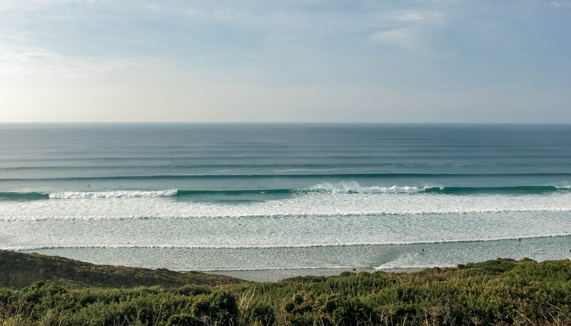 Best places to learn to surf - Watergate Bay
