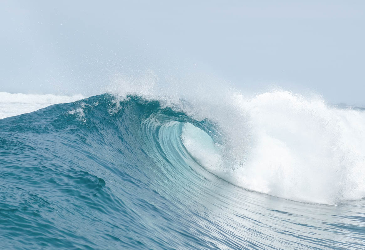 Maldives Surfing Sultans Barrel Wave Himmafushi
