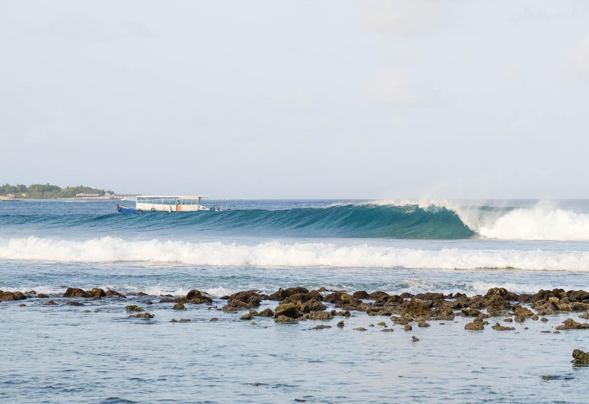 Surfing Maldives Jailbreaks Surf Spot Himmafushi