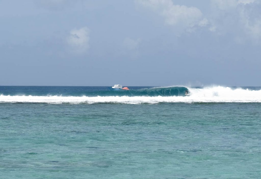 Surfing the Maldives Cokes Surf Spot Thulusdhoo